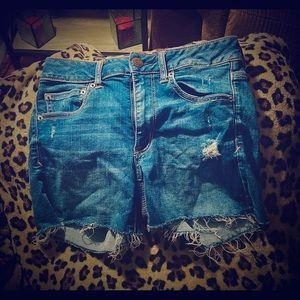 American Eagle jean shorts size 6